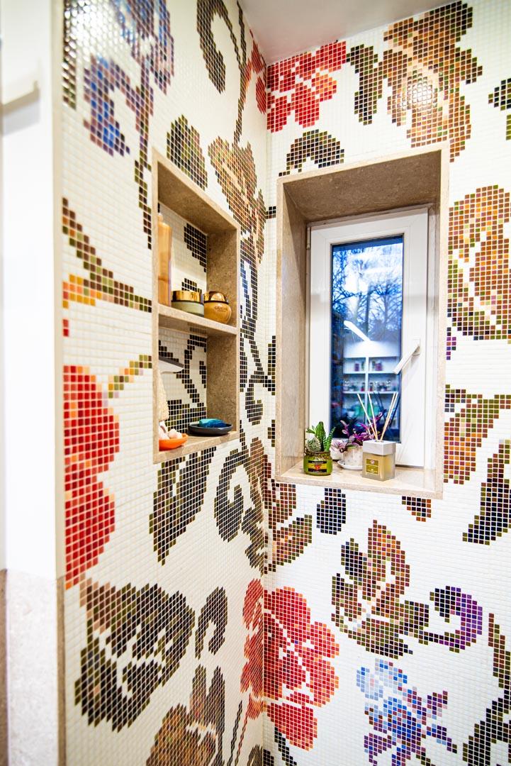 Dettaglio mosaico bagno Grolla con mosaico Bisazza