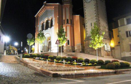 Levico terme centro storico interamente realizzat in Marmo Grolla