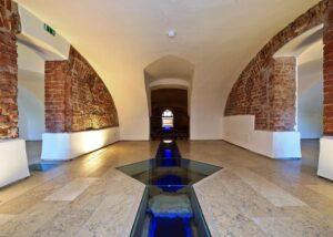 Pavimentazioni di Villa Caldogno in Marmo Grolla e Marmo Grigio Olivo 1