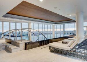 Rivestimento delle piscine al Four Season Hotel di Washington realizzato con Marmo Grigio Olivo