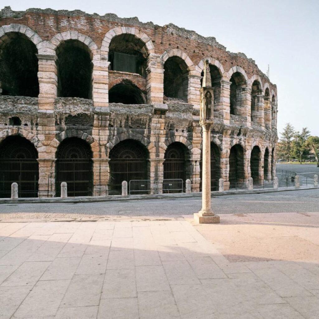 Arena di Verona Marmo Grolla